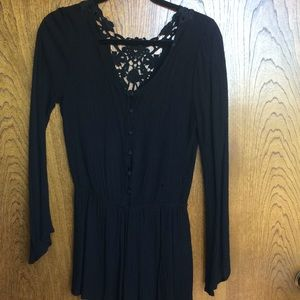 Blu Pepper Black Crochet Romper Size Small